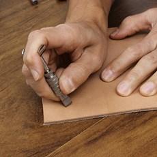 Faca Giratória Manual para Entalhar Couro - Bronc-Steel 27298